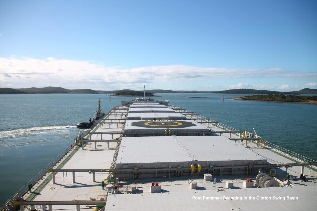 Panamax ship Gladstone